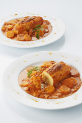 Quenelles sauce tomatée carottes et curry doux