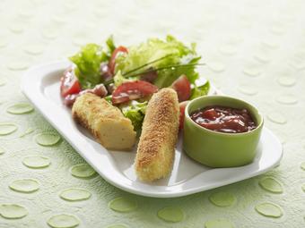 Salade de quenelles panées