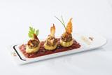 Recette : Quenelles nature à la mousse de foie, fondue de tomates et confiture de citrons