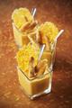 Recette : Crémeux de potiron en verrine, mini quenelles poêlées et chips de mimolette
