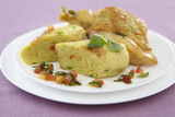 Recette : Suprême de volaille au basilic, quenelle et sauce vierge